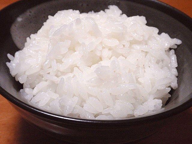 炊きたての北海道産高品質ゆめぴりかです。精米タンパク6.8%以下限定のゆめぴりかは格別です。